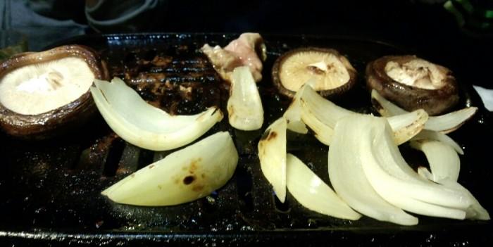 自分は野菜・野菜とビビンバぐらいで十分くらいでした。ご馳走様?~~~~